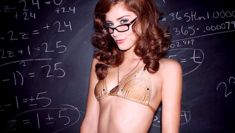 """The """"3-Second Test"""" Every Girl Puts You Through (Plus 4 Ways to Pass It)"""