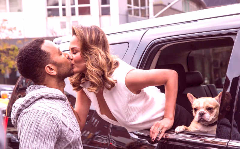 Free Video Reveals How to Excite a Woman in Public