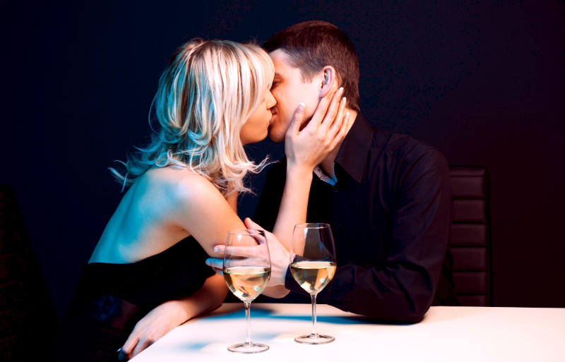 Valentine's Day: 400 Women Reveal What They REALLY Want…