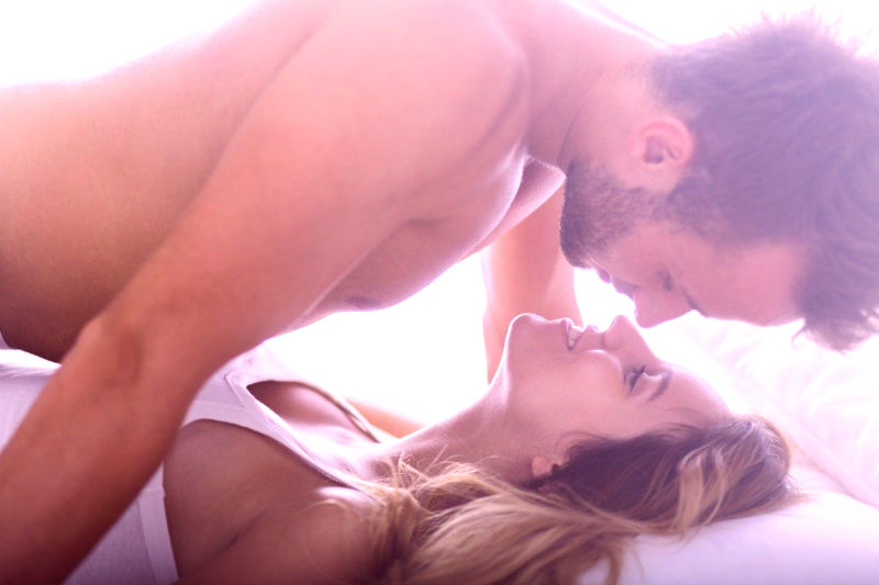 How To Last Longer In Bed: 3 Tips From a Sex Expert Who Fought ED (& Won)