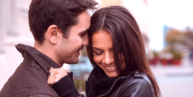 How to Talk To Women: 5 Expert Hacks for Maximum Sexual Success (Perfect for Shy Guys!)