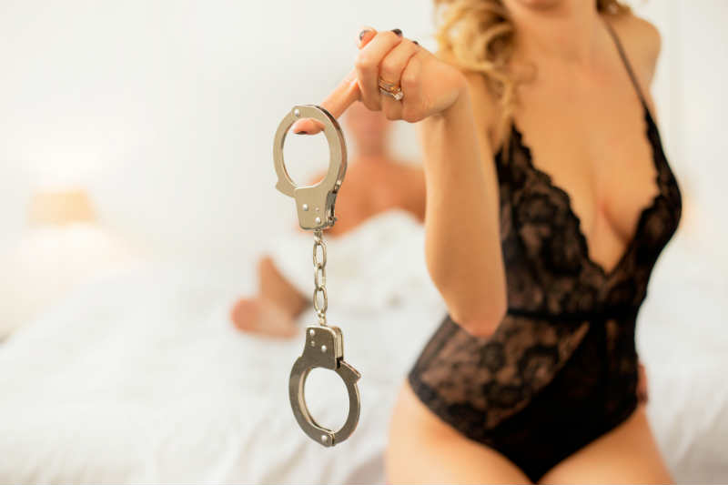 """Let's Get Kinky: 4 Moves to """"Ease"""" Her Into Wilder Sex"""