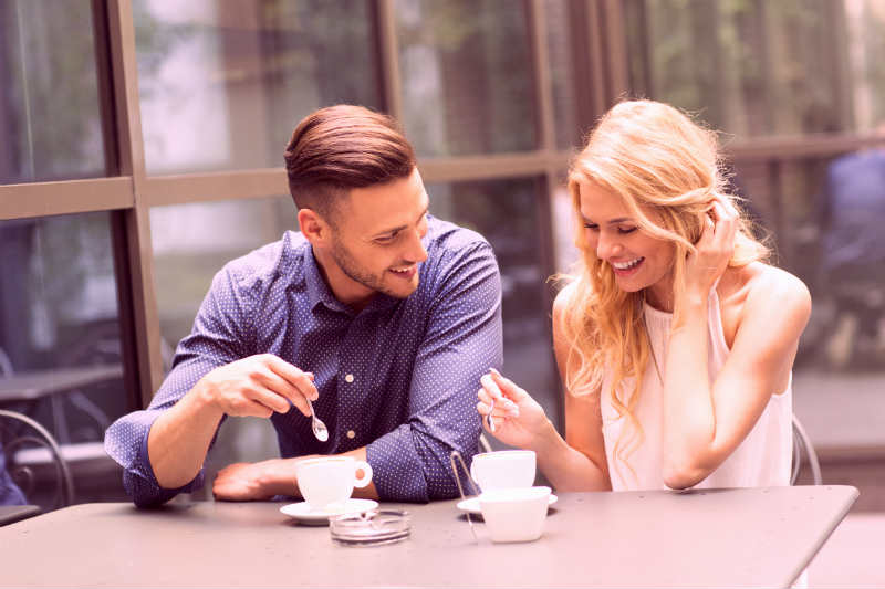 5 Ways to Have a Great First Date With a Girl You Met Online