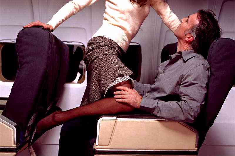 A Surprising # of Women Are Having Sex In Airports: Here's Why & How to Do It