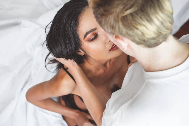 How To Talk Dirty to Your Woman For Better Orgasms & A Hot-As-Hell Sex Life (With Examples)