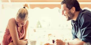 How to Easily Strike Up a Conversation With a Woman You Don't Know