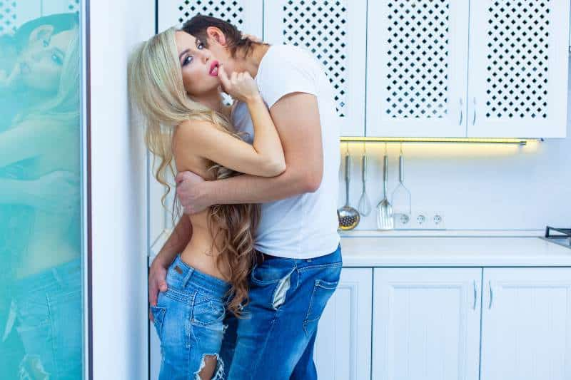 Voyeurism, Fetishes & Group Sex Galore: New Research Reveals American Women Are WAY Kinkier Than You Think…