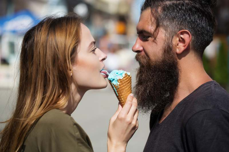 Ice Cream Fights, Naked Cooking, & 3 More Original Valentine's Date Night Ideas That Will DEFINITELY Get You Laid